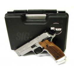 Sig Sauer P226 Sport 9mm...
