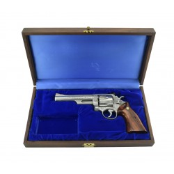 Smith & Wesson 629 .44...