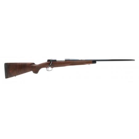 Winchester 70 Super Grade .325 Winchester Short Magnum (W11108)
